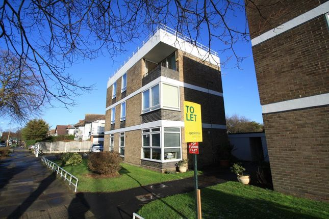 Thumbnail Flat to rent in Chalkwell Avenue, Westcliff-On-Sea