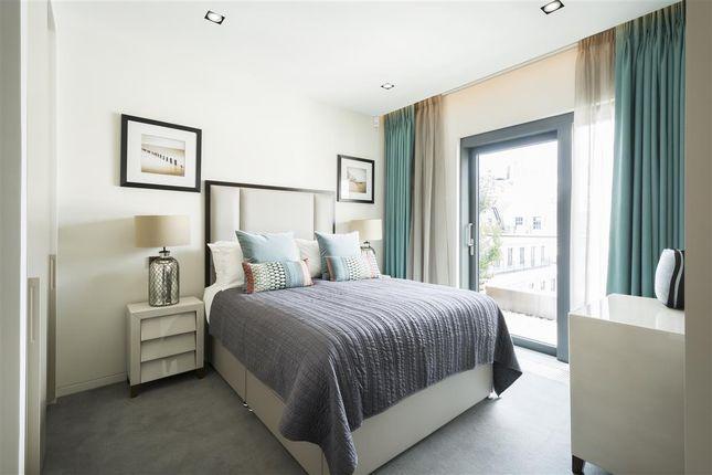 Master Bedroom of Babmaes Street, London SW1Y