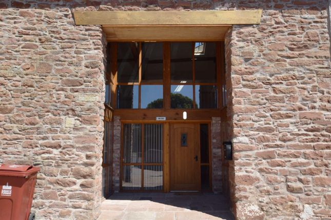 Thumbnail Barn conversion to rent in Hollow Lane, Barrow-In-Furness