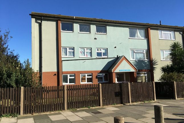 Thumbnail Flat for sale in Appledore Close, Margate