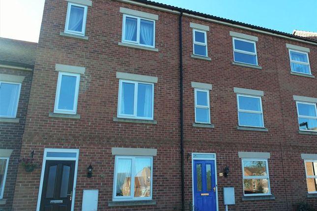 Thumbnail Semi-detached house to rent in Eldon Green, Tuxford, Newark