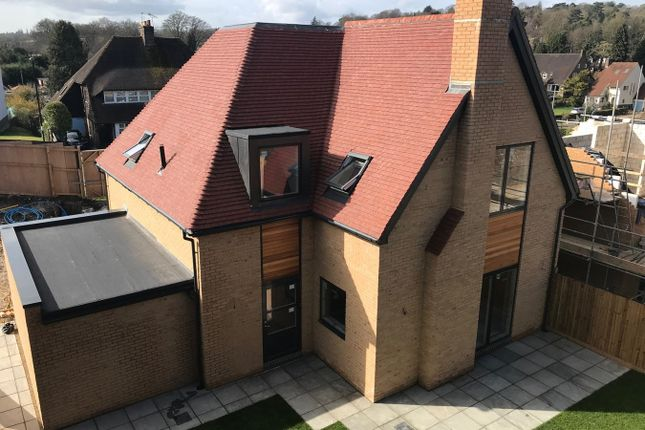 Thumbnail Detached house for sale in Woodplace Lane, Coulsdon