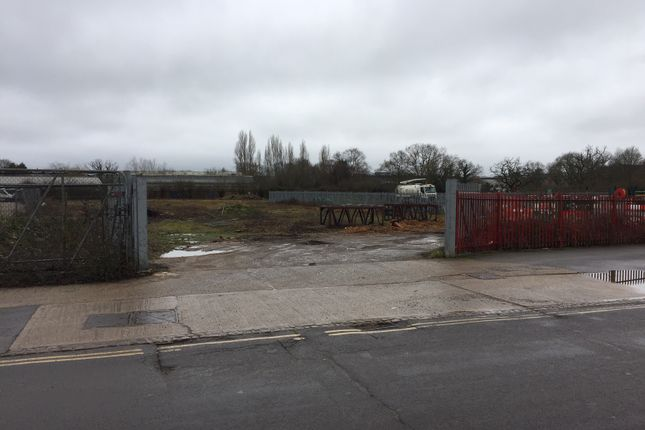 Thumbnail Industrial to let in Victoria Road, Burgess Hill