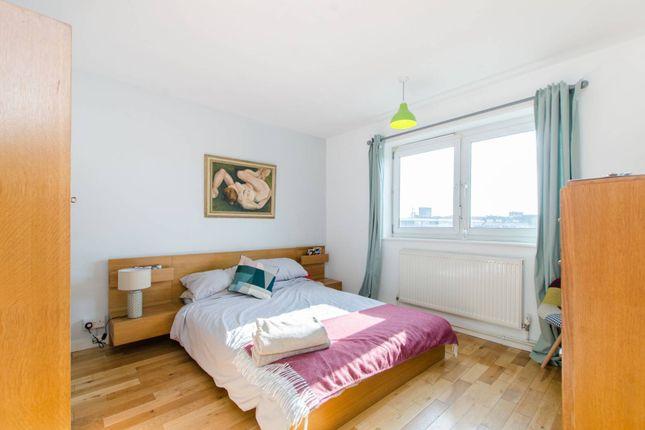 Thumbnail Flat to rent in St Saviours Estate, Bermondsey