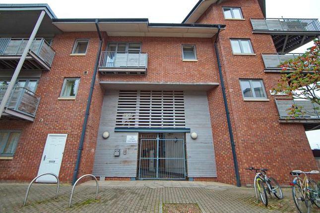 Thumbnail Flat to rent in The Atrium, Anvil Street, City Centre, Bristol
