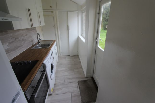 Thumbnail Bungalow to rent in Sycamore Grove, New Malden