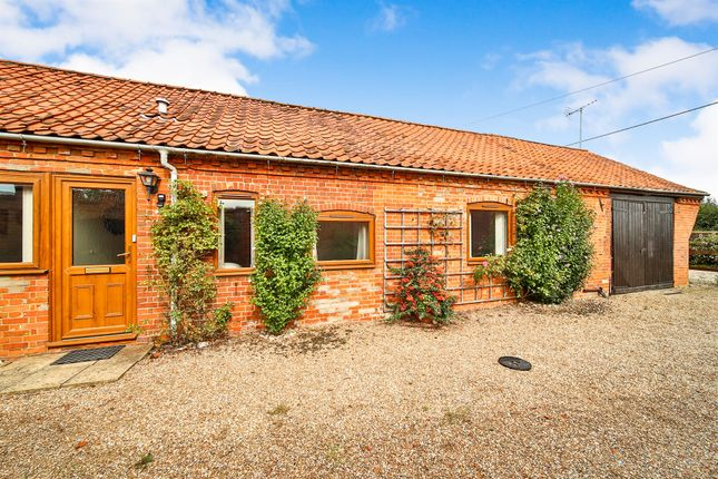 Thumbnail Barn conversion for sale in The Street, Barney, Fakenham