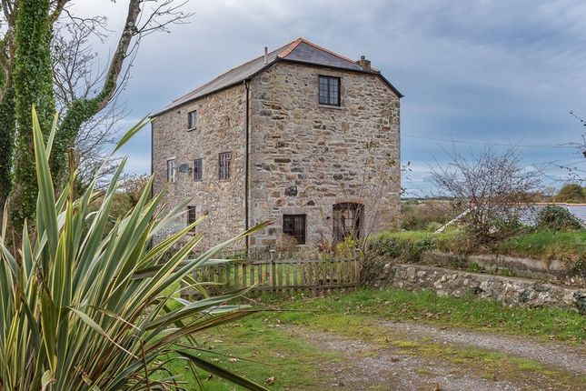 Thumbnail Flat for sale in Pendarves Mill, Camborne