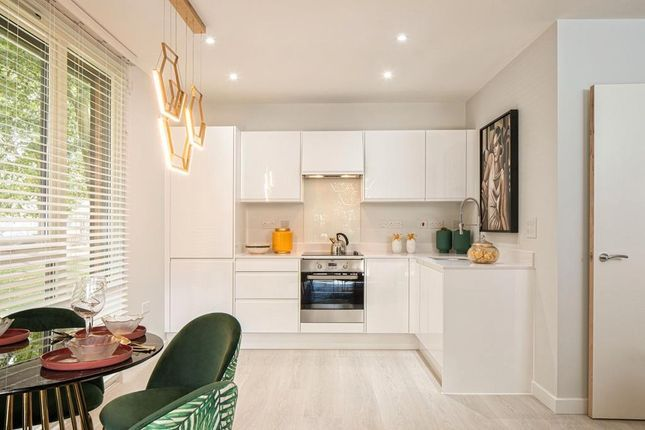 Thumbnail Flat for sale in Nestles Avenue, Hayes