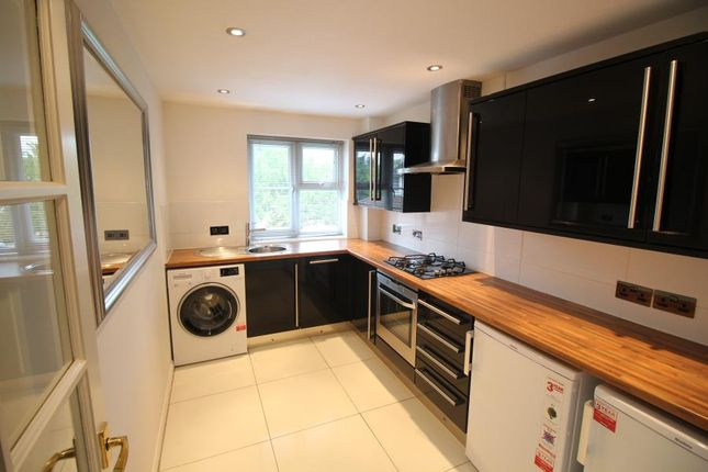Thumbnail Flat to rent in Laura Court, Parkfield Ave, Harrow, 6