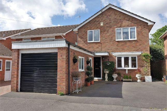 Thumbnail Detached house for sale in Fleuret Close, Hythe, Southampton