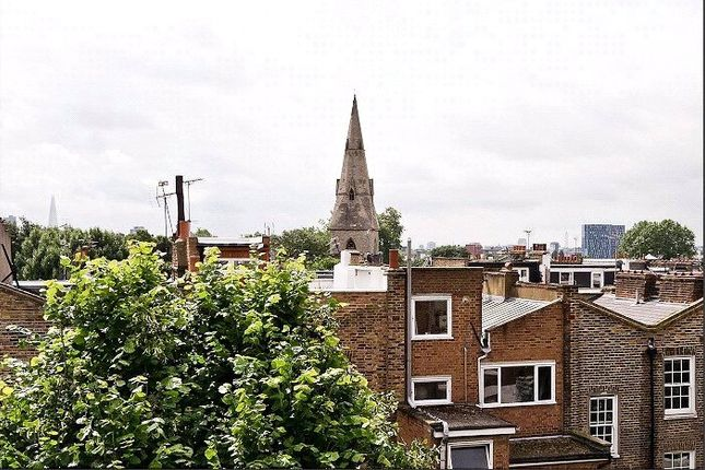 Picture No. 18 of Offord Road, Barnsbury, London N1