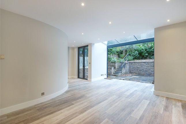 Thumbnail Flat to rent in Bassett Road, London