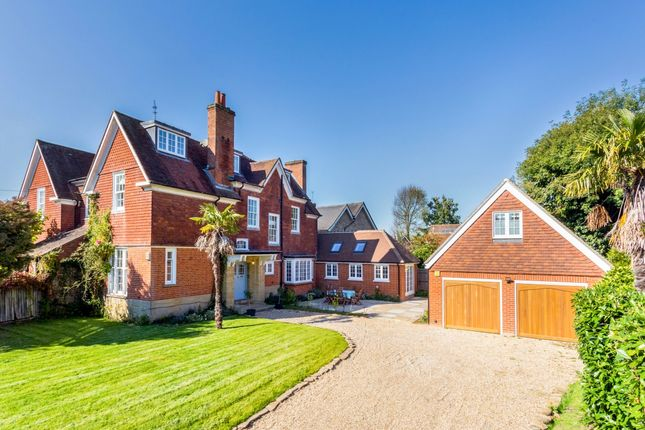Thumbnail Semi-detached house to rent in Denmans Lane, Lindfield, Haywards Heath
