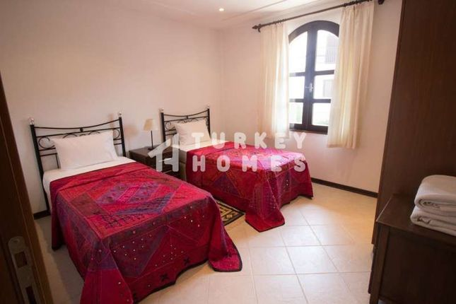 Beautiful Villa In Managvat Near Side - Bedroom 2