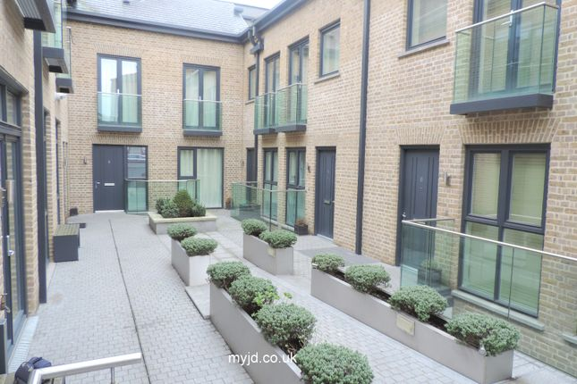 Thumbnail Terraced house for sale in Tadema Road, Chelsea