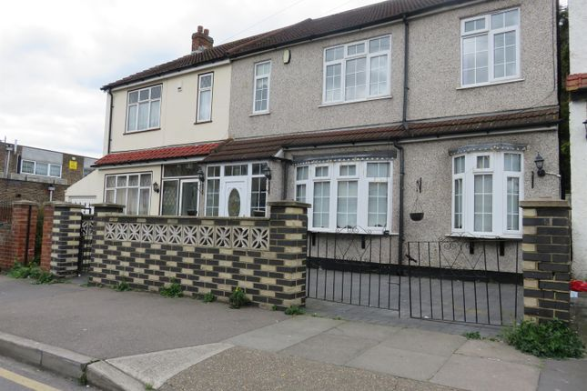 Thumbnail Semi-detached house to rent in Deepdene Road, Welling, Kent