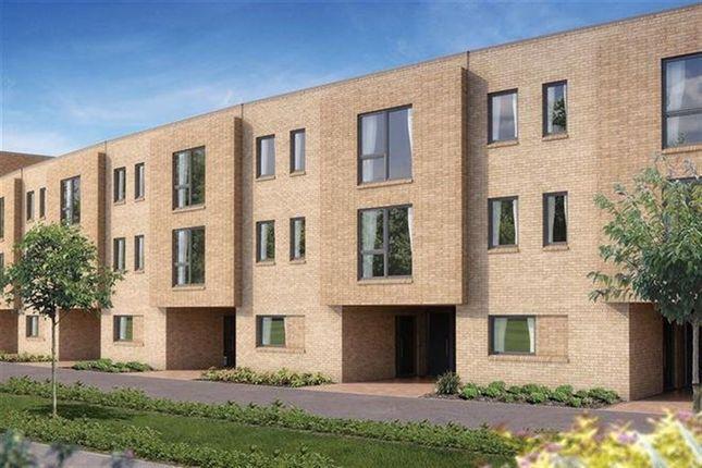 Thumbnail Property to rent in Ellis Road, Trumpington, Cambridge
