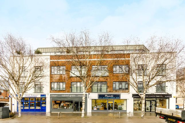 Thumbnail Flat to rent in Market Place, Brentford