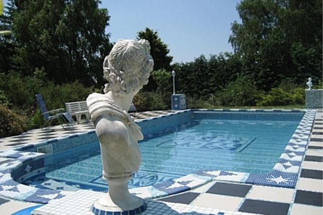 Thumbnail Villa for sale in Tulle, Correze, Nouvelle-Aquitaine, France