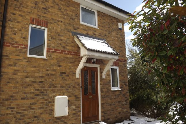 Thumbnail Terraced house to rent in Pembury Court, Westcliff-On-Sea