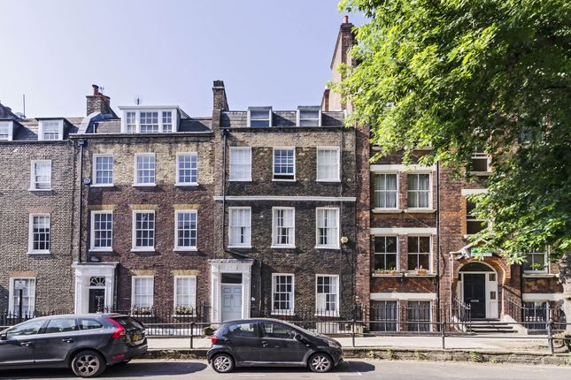 Thumbnail Terraced house to rent in Cross Street, London