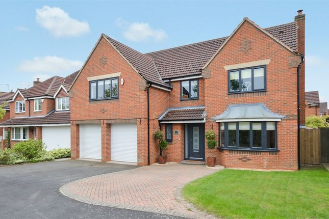 Thumbnail Detached house for sale in Wilmot Close, Balsall Common, West Midlands