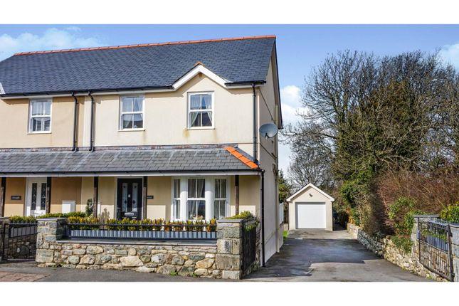Thumbnail Semi-detached house for sale in Llanwnda, Caernarfon