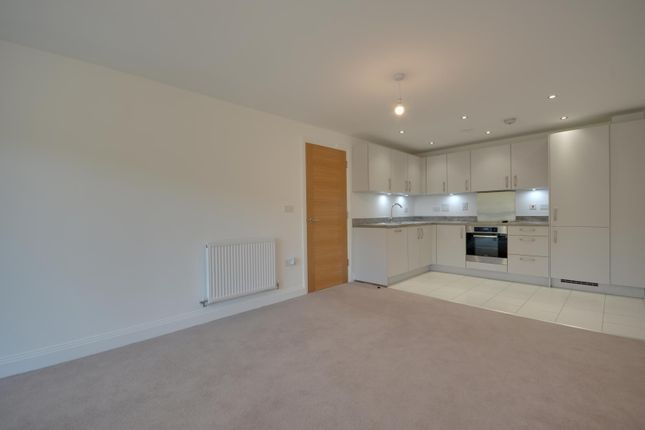 Thumbnail Flat to rent in Perkins Gardens, Ickenham