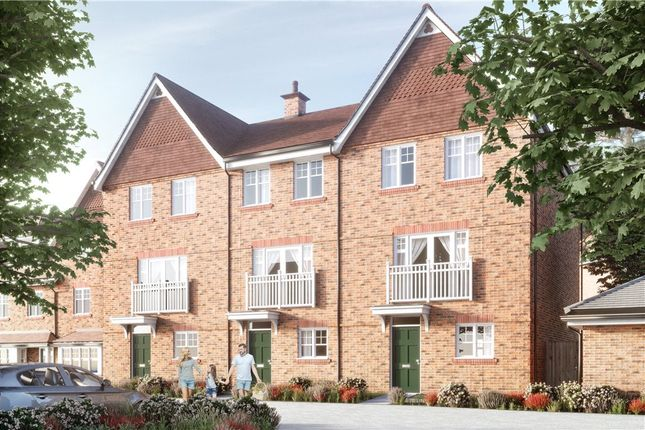 Thumbnail Semi-detached house for sale in Ively Road, Fleet