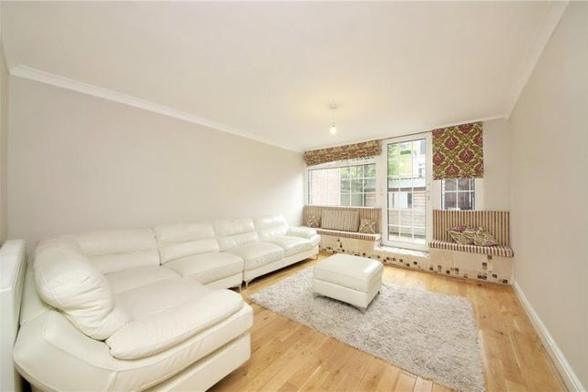 Thumbnail Property to rent in Coburg Crescent, Tulse Hill, London