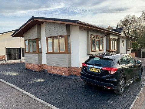 2 bed property for sale in Mossways Park, Wilmslow SK9