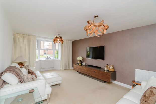 Thumbnail Detached house for sale in Broad Lane, Doncaster