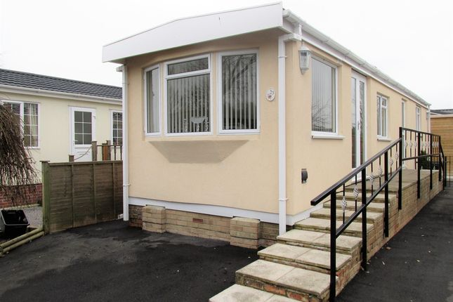 Thumbnail Mobile/park home for sale in Grange Park Mobile Homes, Shamblehurst Lane, Hedge End, Southampton