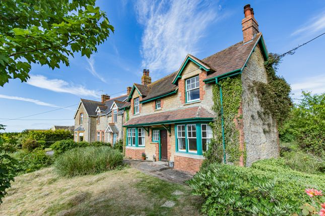 Thumbnail Cottage for sale in Combe, Witney