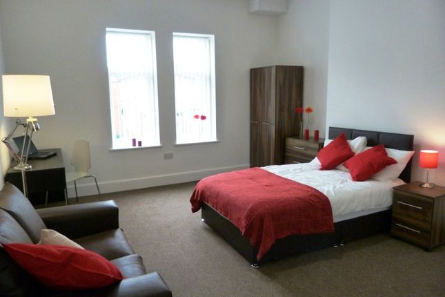 Thumbnail Room to rent in Wynne Road, St. Helens