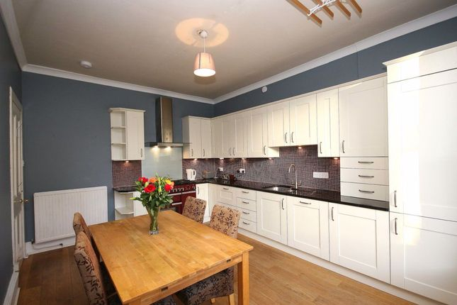 Thumbnail Flat to rent in Villa Road, South Queensferry