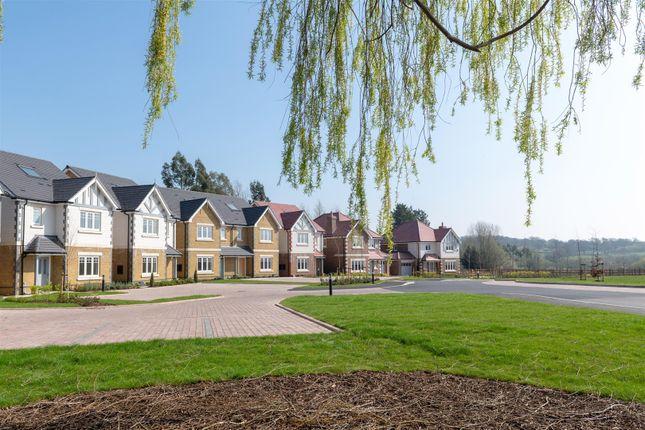 Development of Compass Fields, Watford WD19