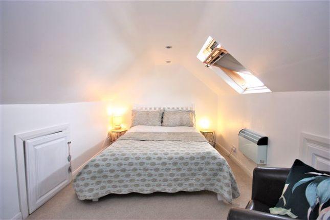 Loft Room of Endike Lane, Hull HU6