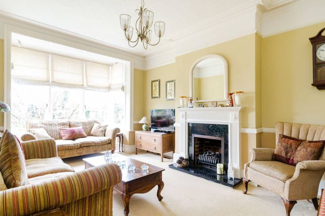 Thumbnail Detached house to rent in Angel Road, Thames Ditton