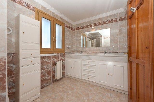 Bathroom of Spain, Málaga, Coín, Las Delicias