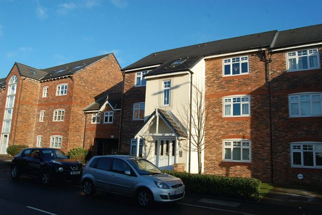 Thumbnail Flat to rent in Danecroft, Little Lever, Bolton