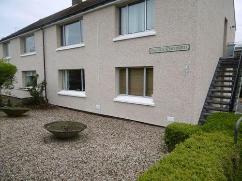 Thumbnail Flat to rent in Oxgangs Road North, Edinburgh