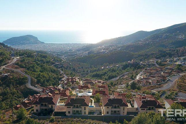 Villa for sale in Alanya, Bektas, Mediterranean, Turkey