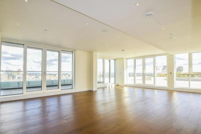 Thumbnail Property for sale in Cascade Court, 1 Sopwith Way, Battersea