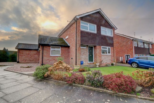 Thumbnail Detached house for sale in White Horse Close, Worcester