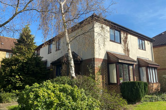Thumbnail Property for sale in Highgate Over, Walnut Tree, Milton Keynes