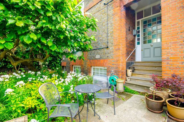 Thumbnail Property to rent in Fitzroy Road, Primrose Hill