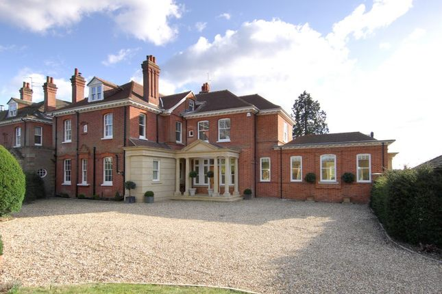 Thumbnail Country house to rent in The Common, Dunsfold, Godalming