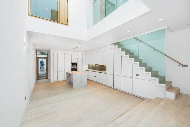 Thumbnail Mews house to rent in Rodmarton Street, London